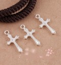 1 stk. Silver plated emboss pattern Cross charms. 22 mm.